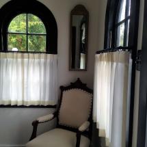 cafe-curtains-Jones
